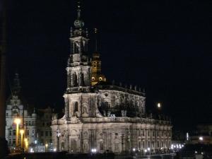 Katholische Schloss- und Hofkirche Dresden